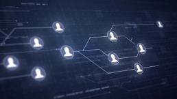 ilustración en la que rostros anónimos se conectan simulando una red de contactos